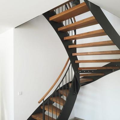 Freie Treppe