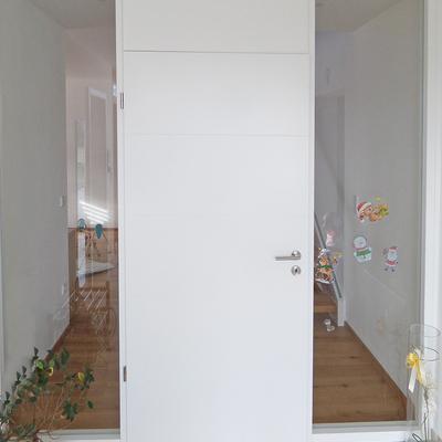 Haustür hell und transparent